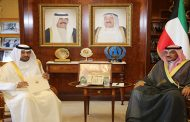 وزير الخارجية يتسلم دعوة قطرية للمشاركة ب(الوزاري) المعني بالصومال
